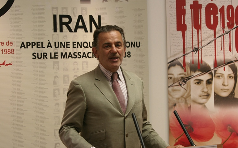 """Accompany the Iranian resistance on the road to freedom"", Jean-François Legaret"